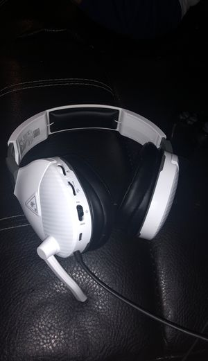 Turtle beaches (headset) for Sale in Dallas, TX