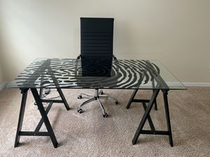 Brand new office chair with desk/table for Sale in Tampa, FL