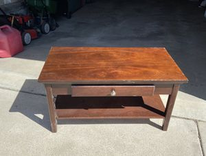 Coffee table for Sale in Kaysville, UT