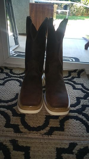 Justin men boot for Sale in Reedley, CA