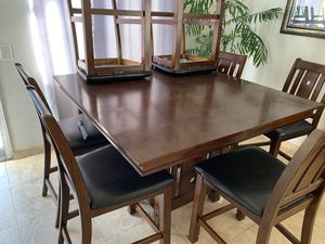 8 chairs Dining table for Sale in Highland, CA
