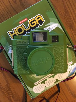 Lomography Holga Camera Green Starter Kit Photography for Sale in Westmont, IL