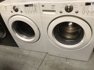 Washer and Dryer LG Front Load for Sale in Kissimmee, FL
