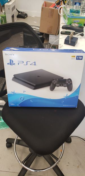 Play station 4 slim for Sale in Queens, NY