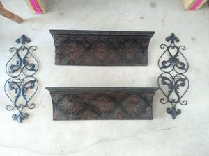 Wall Decor shelves 2'long for Sale in Channelview, TX