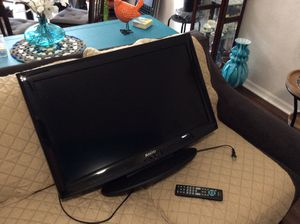 """Sanyo 32"""" HDTV LCD TV good for a kids room to hook up games board or just use with any connection you may have. In very good condition ,rarely used for Sale in Winter Haven, FL"""