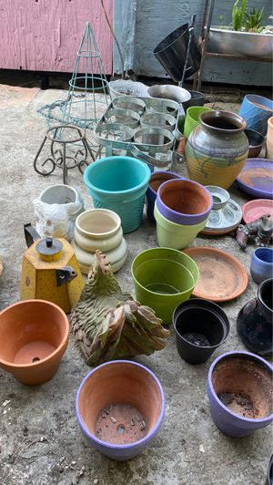 Pots for Sale in Del Valle, TX