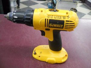 """DEWALT 18V 1/2"""" CORDLESS DRILL - TOOL ONLY 18 VOLT for Sale in Columbus, OH"""