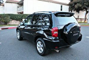 Ghantt2005Toyota RAV4 2WDWheels for Sale in Seattle, WA