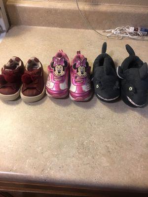Kids shoes / tenis de niña for Sale in Buena Park, CA