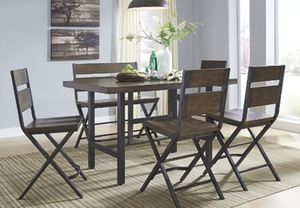 Ashley furniture dining set for Sale in Turlock, CA