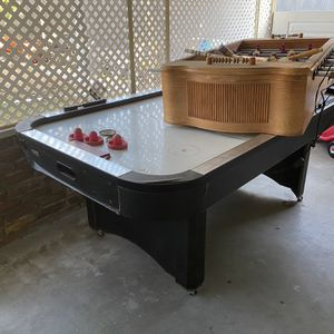 Air Hockey Table for Sale in Baldwin Park, CA