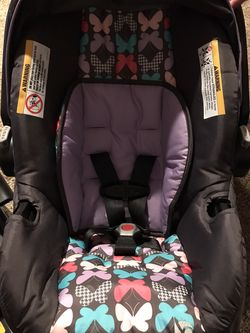 Baby trend Car Seat for Sale in Madera,  CA
