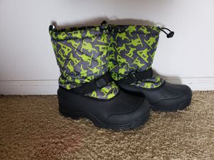 Kids snow boots size 7 for Sale in Bothell, WA