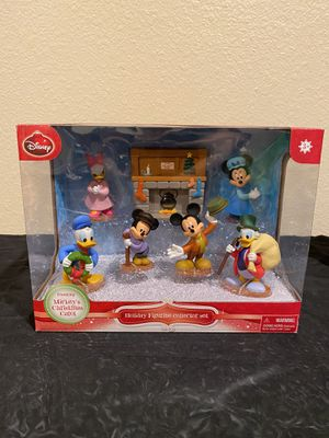 Mickey's Christmas carol figurine set for Sale in Bonita, CA