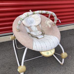 Bright Stars Baby Papasan Bouncer for Sale in Traverse City, MI