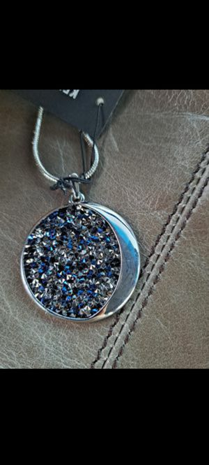 NEW Kenneth Cole Long Pendant Necklace for Sale in Cleveland, TN