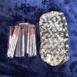 Makeup bag with travel size makeup brushes for Sale in San Bernardino, CA
