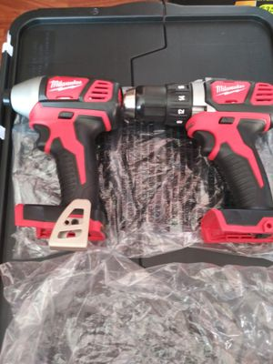 18 v impacto y drill milwaukee for Sale in Oak Forest, IL