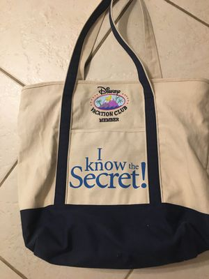 Disney vacation bag. Used a few times. for Sale in St. Petersburg, FL