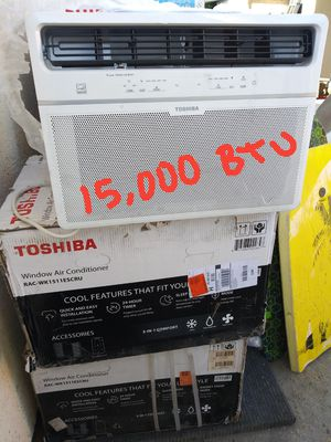BRAND NEW AC WINDOW TOSHIBA 15,000 BTU DIMENSIONS SHOW IN THE PUCTURES,FOR ANY QUESTION TEXT ME PLEASE. for Sale in Los Angeles, CA