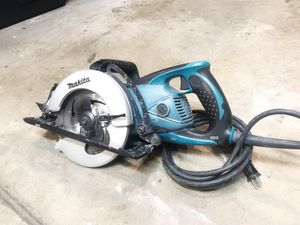 """Makita 7-1/4"""" Hypoid Saw Model 5477NB for Sale in Roseville, CA"""