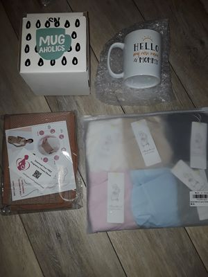 Mom to be bundle for Sale in Cleveland, OH