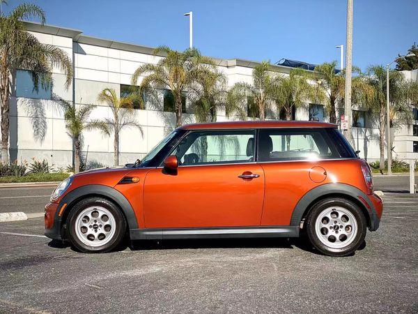 2013 Mini Cooper (Automatic, not Manual)