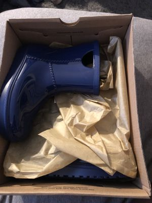 New kids size 12 UGG rain boots for Sale in Rockville, MD