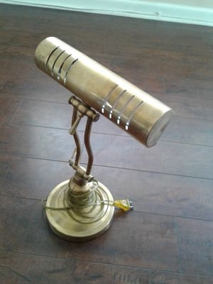 Antique mint condition study lamp for Sale in Westminster, CA