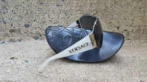 Versace MOD 2057 Metal Pilot Women Sunglasses for Sale in Vienna, VA