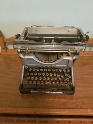 Antique typewriter for Sale in Falls Church, VA