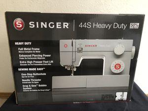 SINGER 44S HEAVY DUTY SEWING MACHINE NIB for Sale in Portland, OR
