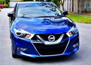 2015 Nissan Maxima SR LOW MILEAGE for Sale in Ventura, CA