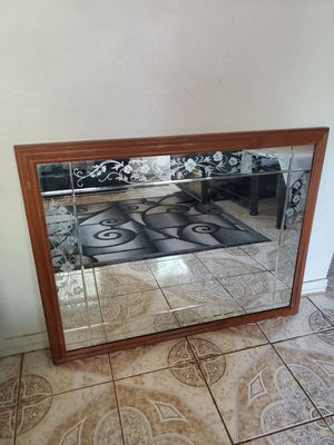 Large Wall mirror for Sale in Aurora, CO