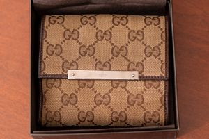 Gucci Wallet, Authentic, Like new condition for Sale in Queens, NY