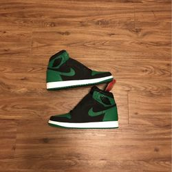 Men's Jordan 1 High Pine Green Size 9.5 New With Box for Sale in Mebane,  NC
