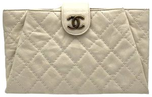 Chanel Coco Pleats Leather Clutch Bag for Sale in Humble, TX