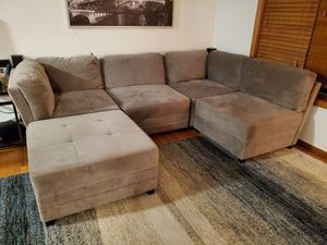 5-piece Fabric Modular Sectional - very comfy! for Sale in Lyndhurst, NJ
