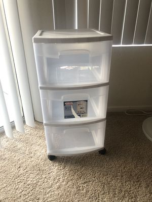 Sterilite Plastic 3 drawer cart for Sale in Irvine, CA