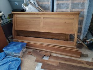 King solid oak sleigh bed frame for Sale in Centennial, CO