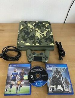 PS4 for Sale in Almont,  MI