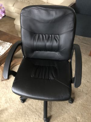 Three office chairs in good working and clean condition for Sale in Adelphi, MD