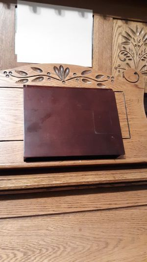 Vintage Wooden Ornate PHOTO ALBUM -Curio Made in USA for Sale in Lynchburg, VA