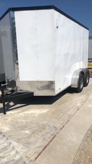 Enclosed trailer 6x12 tandem axle for Sale in Lancaster, TX