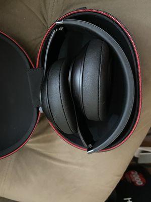Beats Studio 3/ audio technica studio head phones for Sale in Coronado, CA