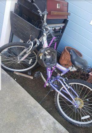 21 in GIRLS SHIMANO BIKE for Sale in Fresno, CA