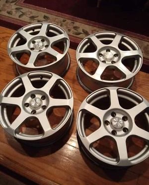 Rims 16 bolt patter 114.3 for Sale in Silver Spring, MD