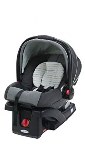 Graco SnugRide 30 Infant Car Seat with Base for Sale in Crowley, TX