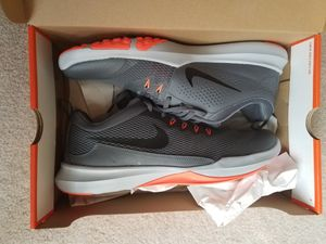 Mens Nike Tennis Shoes, NEW, Size 12 for Sale in Evansville, IN